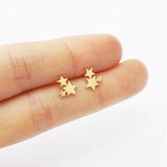 Sterling Silver Earrings Women Golden Stainless Steel Cute Stud Earrings Carnations for Girls Animal Heart Leaves Cat Earrings Minimalist Jewelry, Cute Stud Earrings, Simple Earrings, Star Earrings, Earring Studs, Dainty Earrings, Minimalist Earrings, Minimalist Jewelry, Sterling Silver Earrings, Gold Earrings