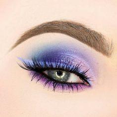 Gorgeous Makeup: Tips and Tricks With Eye Makeup and Eyeshadow – Makeup Design Ideas Dark Eye Makeup, Purple Eye Makeup, Colorful Eye Makeup, Eye Makeup Art, Makeup For Brown Eyes, Beauty Makeup, Makeup Eyes, Contour Makeup, Makeup Guide