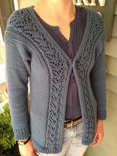 Note: The medium and large sizes have not been test knitted.