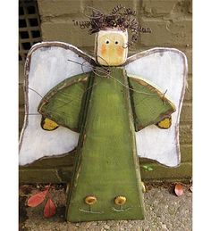 Greet each guest this holiday season with our lovely Standing Mantel Angel! Christmas Wood Crafts, Wood Christmas Tree, Christmas Signs, Christmas Angels, Christmas Projects, Christmas Crafts, Wood Angel, Angel Art, Garden Angels