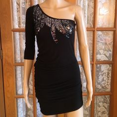 Just In Little Black Dress Everyone needs a little black dress!! 95% rayon 5% spandex. In excellent condition. No holes. Beads and sequins intact. Non smoking home Forever 21 Dresses Mini