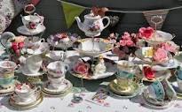 Love vintage tea sets
