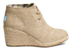 Easy neutrals. #TOMS Wedges