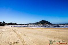 Caminhada na Praia da Barra.