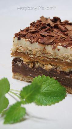 Magiczny Piekarnik: Karmelowiec (Bez pieczenia) Pastry Recipes, Cake Recipes, Dessert Recipes, Cooking Recipes, Unique Desserts, Delicious Desserts, Yummy Food, Cookie Desserts, No Bake Desserts