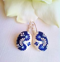 Daisies flower silver /navy blue flowers earrings, Polymer embroidery earrings, Gift for her