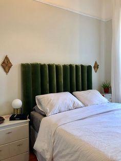 Diy Tufted Headboard, Custom Headboard, Velvet Headboard, Headboard Designs, Headboards For Beds, Plywood Headboard Diy, Bed With Headboard, Home Bedroom, Head Boards