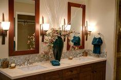 double sink, home, modern bathroom decor Bathroom Design Small, Simple Bathroom, Bathroom Wall, Modern Bathroom, Remodel Bathroom, Classic Bathroom, Bathroom Ideas, Master Bathroom, Nature Bathroom