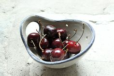 Items similar to Pottery Berry Bowl with Handle - Small in Soft Gray with Black Rim - Ceramic Colander on Etsy Appetizer Plates, Hearth And Home, Safe Food, Stoneware, Berries, Tray, Pottery, Ceramics, Dishes