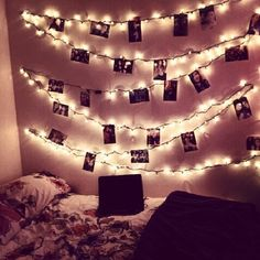 This would be a cool way to display Christmas cards.
