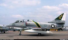 McDonnell Douglas TA-4J Skyhawk aircraft picture