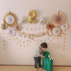 1st Birthday Decorations Boy, Diy Birthday Backdrop, 2nd Birthday Party Themes, Baby Birthday Cakes, 1st Boy Birthday, Birthday Balloons, Simple Balloon Decoration, Balloon Decorations Party, Birthday Photography