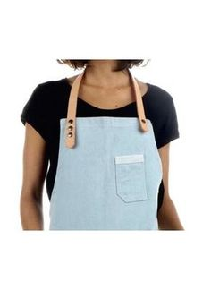 DENIM LIGHT BLUE APRON & NATURAL LEATHER STRAPS *Chef Apron, waist Apron,barista apron. TABLIER EN JEANS BLEU CLAIR & ATTACHES EN CUIR NATUREL *Tablier de serveur, uniforme cool DELANTAL DE DISEÑO & TIRAS DE CUERO NATURAL *delantal de chef y camarero, uniformes trendy www.jookcompany.com
