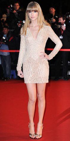 Last Night's Look: Love It or Leave It? Taylor swift