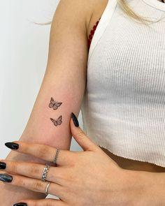 Tiny Tattoos For Girls, Little Tattoos, Mini Tattoos, Tattoos For Women, Body Art Tattoos, Dainty Tattoos, Pretty Tattoos, Cute Tattoos, Small Tattoos