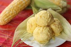 Sweet Corn Ice Cream is one of the popular ice cream flavours in the Philippines, its is a made creamed corn and sweet corn in a vanilla ice cream base. Ube Ice Cream, Ice Cream Freeze, Ice Cream Flavors, Ice Cream Recipes, Frozen Desserts, Frozen Treats, Cheese Cupcake, Filipino Desserts, Filipino Recipes