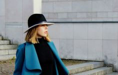 Turquoise Coat for Autumn - Divatmalom Ootd, Cold Day, Mantel, Turquoise, Autumn, My Style, Fashion, Fall, Moda