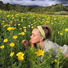 Summer Aesthetic, Aesthetic Photo, Poses Photo, Insta Photo Ideas, Summer Dream, Mellow Yellow, Photo Dump, Flower Power, Cute Pictures