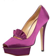 Rule the boardroom in these pumps!