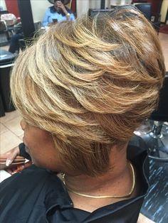 She's been HEATHERFYED Relaxer free hair Stylist Marketia Le'Loft LLC hair salon Philadelphia pa