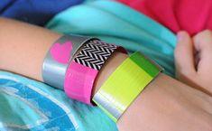 duct tape bracelets • Artchoo.com {Operation Christmas Child project}
