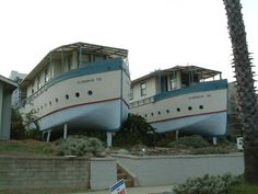 ODD SHAPED HOMES | Boat-shaped Apartments - Odd-Shaped Buildings on Waymarking.com