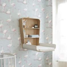 Stylish and organic baby's changing table - foldable.