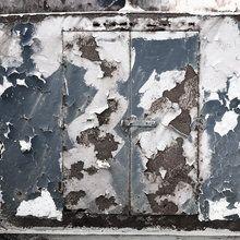 Valokuvatapetti - Rusty Old Door