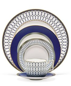 Wedgwood Renaissance Gold 5 Piece Place Setting. Navy and gold...gorgeous!