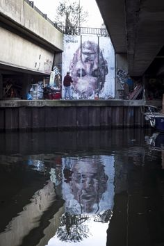 "Streetart: ""Narcissus"" New Mural by Borondo in East London - painted upside down to reflect in river"