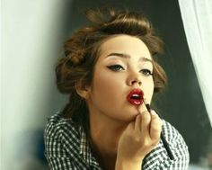 40s/50s pin curls and ripe red lips