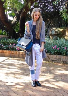 Fashionable Passion #slouchy #minimal #cardigan #oversized #boyfriendjeans #denim #brogues #oxfords #fashionablepassion #southafrica #streetstyle