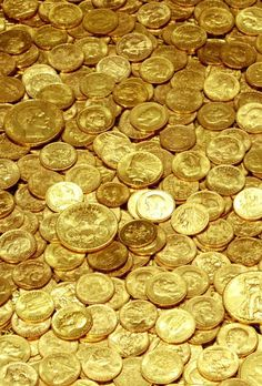 Money Metals Exchange Offers Gold Coins for Sale at the Lowest Online Price. Buy Gold Coins with Confidence from a Trustworthy Source. Gold Money, My Money, How To Make Money, Gold Bullion Bars, Gold Reserve, Gold Everything, Money Stacks, Templer, Gold Aesthetic
