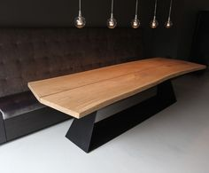 Slab table top, finished edges Tafel