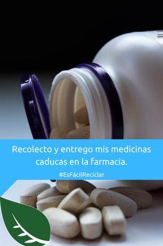 Tus medicamentos viejos no los tires a la basura. En su lugar, devuélvelos a la farmacia pues ellos tienen procedimientos especiales para su desecho. 😉