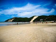 A praia de Ponta Negra e o Morro do Careca by Carla Siqueira, via Flickr