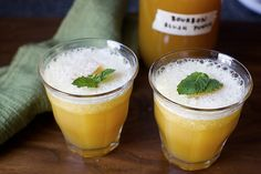 bourbon slush punch - smitten kitchen- maybe try with peach in there too, and ditch the lemon? Frozen Drink Recipes, Frozen Drinks, Cocktail Recipes, Bourbon Cocktails, Slushies, Fun Drinks, Yummy Drinks, Beverages, Alcoholic Drinks