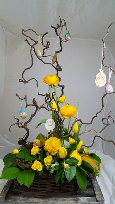Easter tree easter tree carrots and flower arrangements creative alternatives to traditional bouquets Easter Flower Arrangements, Easter Flowers, Easter Tree, Beautiful Flower Arrangements, Easter Wreaths, Floral Arrangements, Deco Floral, Arte Floral, Church Flowers