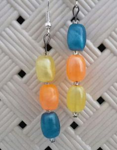 #orecchini #orecchino #faidate #handmade #perline #perlina #gioie #pendenti #pendente #gioiello #gioielli #monachelle #monachella #blu #blue #giallo #yellow #arancione #orange