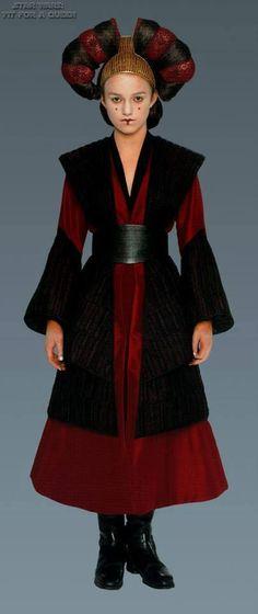 Fotograma del film Star Wars III. Reina Padmé Amidala ( Natalie Portman).