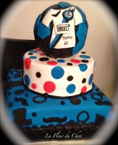 La fleur du chat: Il cake design si tinge di nero azzurro!