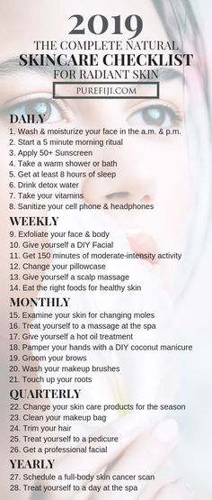 The Complete DIY Natural Skincare Guide for Radiant Skin Life can get hectic so make sure you use this checklist so you don't miss any important steps in your routine. We're also revealing the best must-have you'll need to achieve clear, radiant skin all Diy Skin Care, Skin Care Tips, Aloe Vera Creme, Skin Care Routine For 20s, Skincare Routine, Clear Skin Routine, Beauty Hacks Skincare, Daily Beauty Routine Checklist, Face Routine