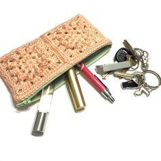 granny square clutch purse pattern
