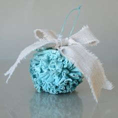 jersey-pom-pom-ornament-tutorial-1