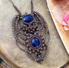 Necklace macrame with sodalites, semi precious stones