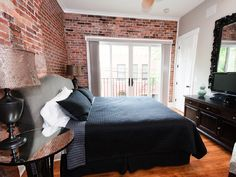VRBO.com #313636 - Luxurious Loft Apartment in the Heart of Downtown Asheville; 1-Bedroom