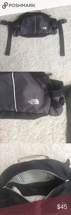 North Face Lombard bag! In excellent condition North Face Lombard bag! In excellent condition! Great for hiking The North Face Bags