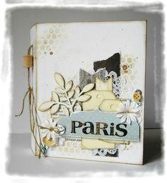 encore un joli album. Scrapbooking Paris, Diy Photo, Minis, Paper Lace Doilies, Mini Albums Scrapbook, Card Making Designs, Journal Covers, Mini Books, Diy Paper