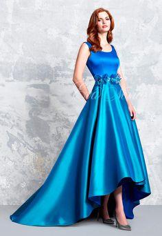 aaddb45e7 Vestido de fiesta Modelo 1160 de Pepe Botella by Lucia Botella 2017 en Eva  Novias Madrid.  vestido  fiesta  madrina  2017  moda  fashion  dress   invitada