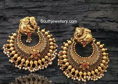 Antique Earrings latest jewelry designs - Page 8 of 56 - Indian Jewellery Designs Jewelry Design Earrings, Gold Earrings Designs, Gold Jewellery Design, Gold Jewelry, Gold Designs, Antique Earrings, Antique Jewelry, Latest Jewellery, Schmuck Design